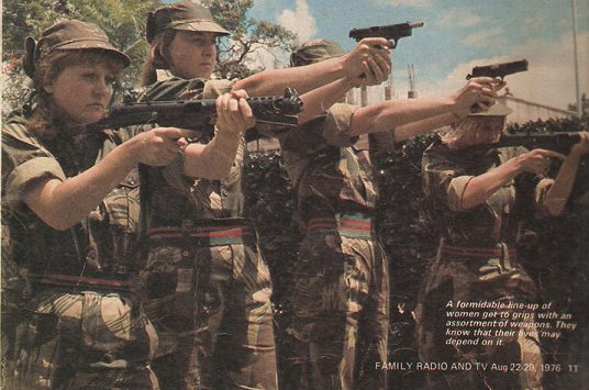 Women soldiers training