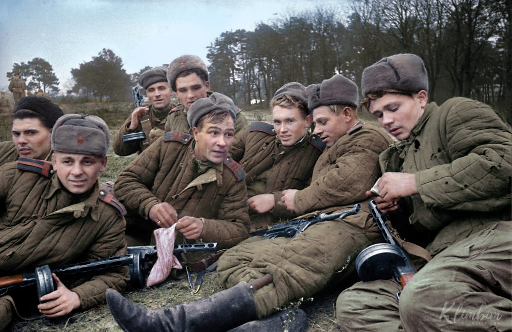 Soviet Soldiers in Color